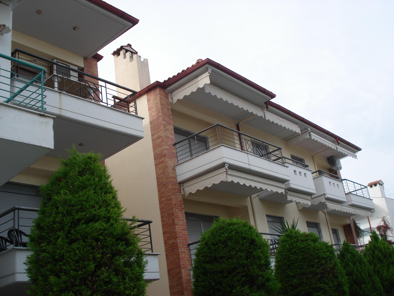 Vila SAKIS, Polihrono