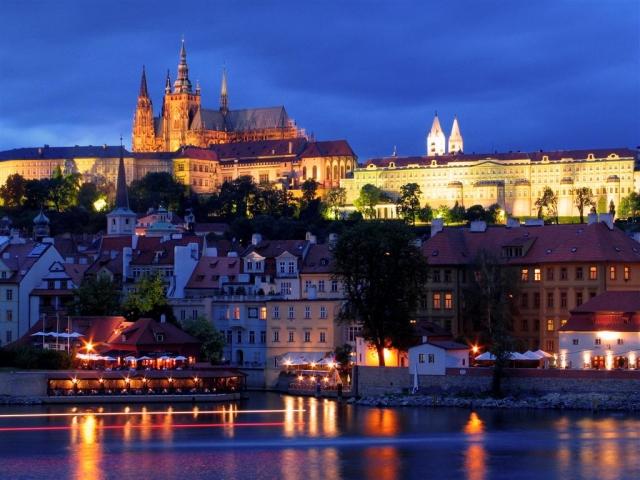 Zlatni Prag (4 noćenja)