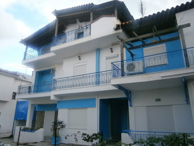Lux Vila MUSES IN BLUE